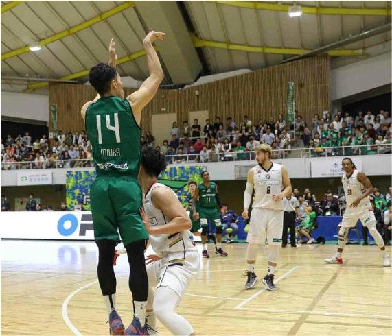 活躍する三浦選手